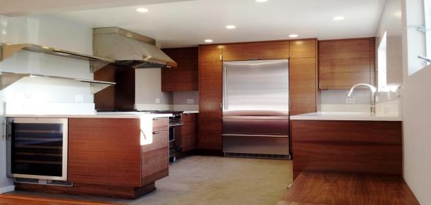Kitchen Remodel: Prefabricated vs. Custom Cabinets