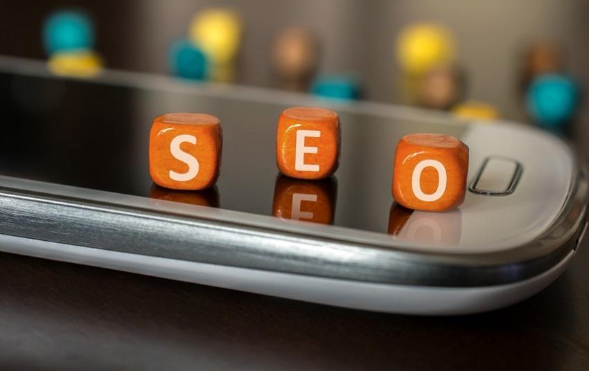 SEO vs ASO SEO vs ASO: las diferencias entre el posicionamiento web y de aplicaciones