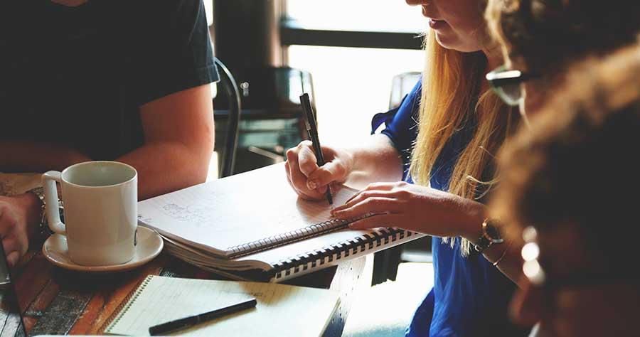 trabajo en equipo 5 técnicas para fomentar la creatividad a la hora de trabajar