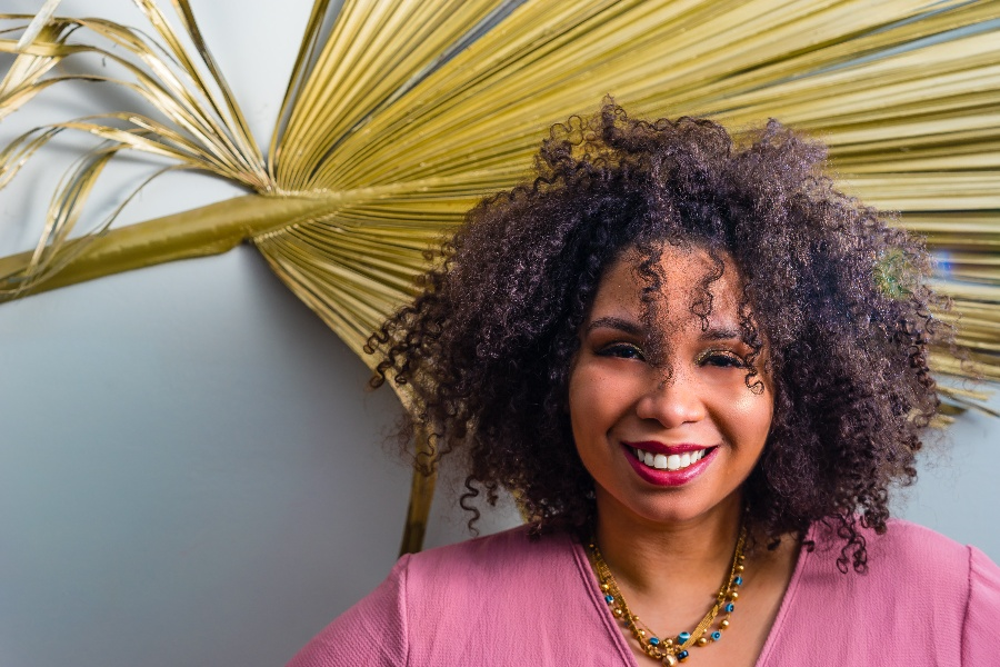 Claudia Rosa Headshot-1