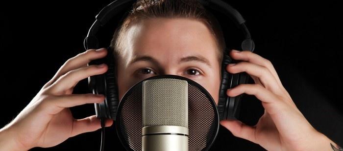 5 Ways to Evaluate Voice Talent for Multimedia and Video Localization