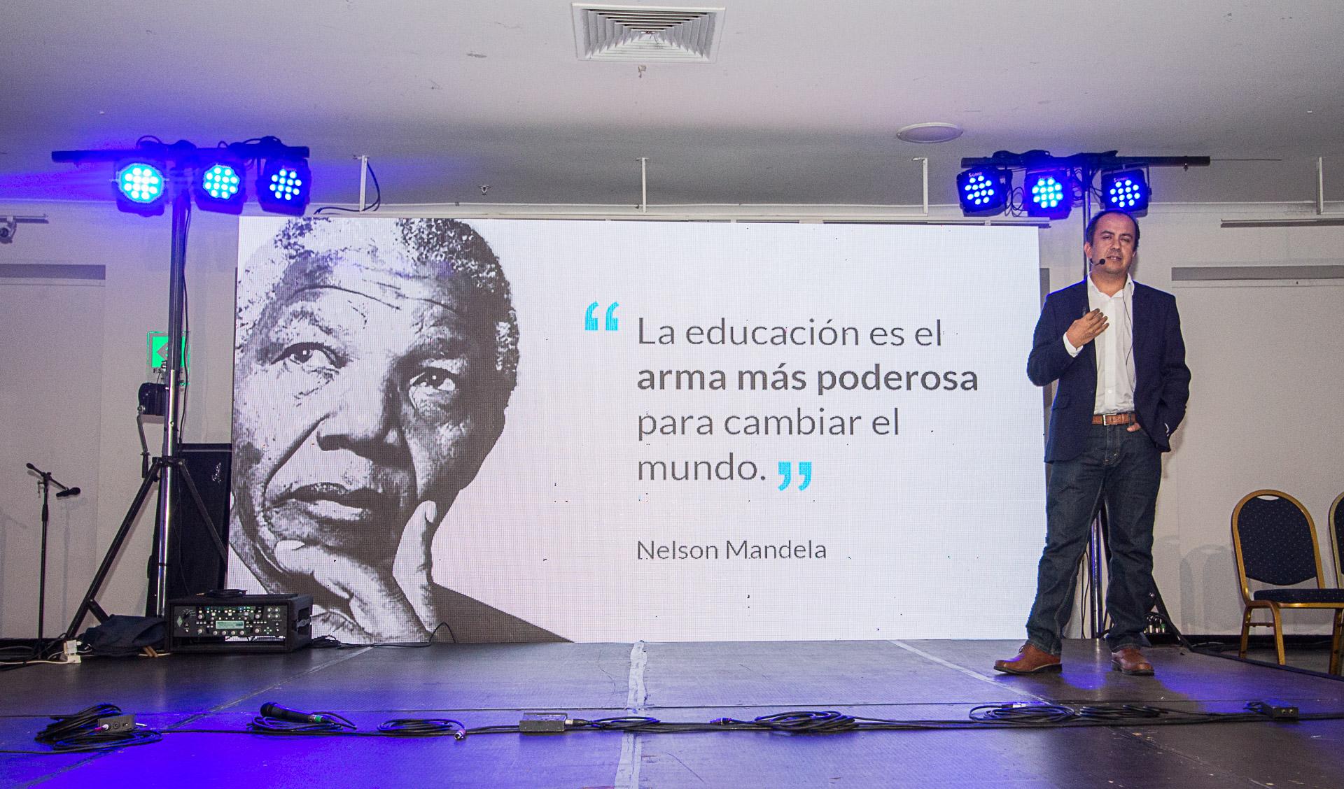 Juan Pablo Mena en IncubaUdeC