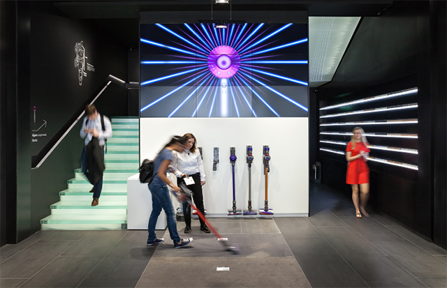 https://cdn2.hubspot.net/hubfs/1564584/A-RetailSpaces/Images/Dyson%20unveils%20a%20futuristic%20flagship%20on%20Fifth%20Avenue%20in%20NYC.png