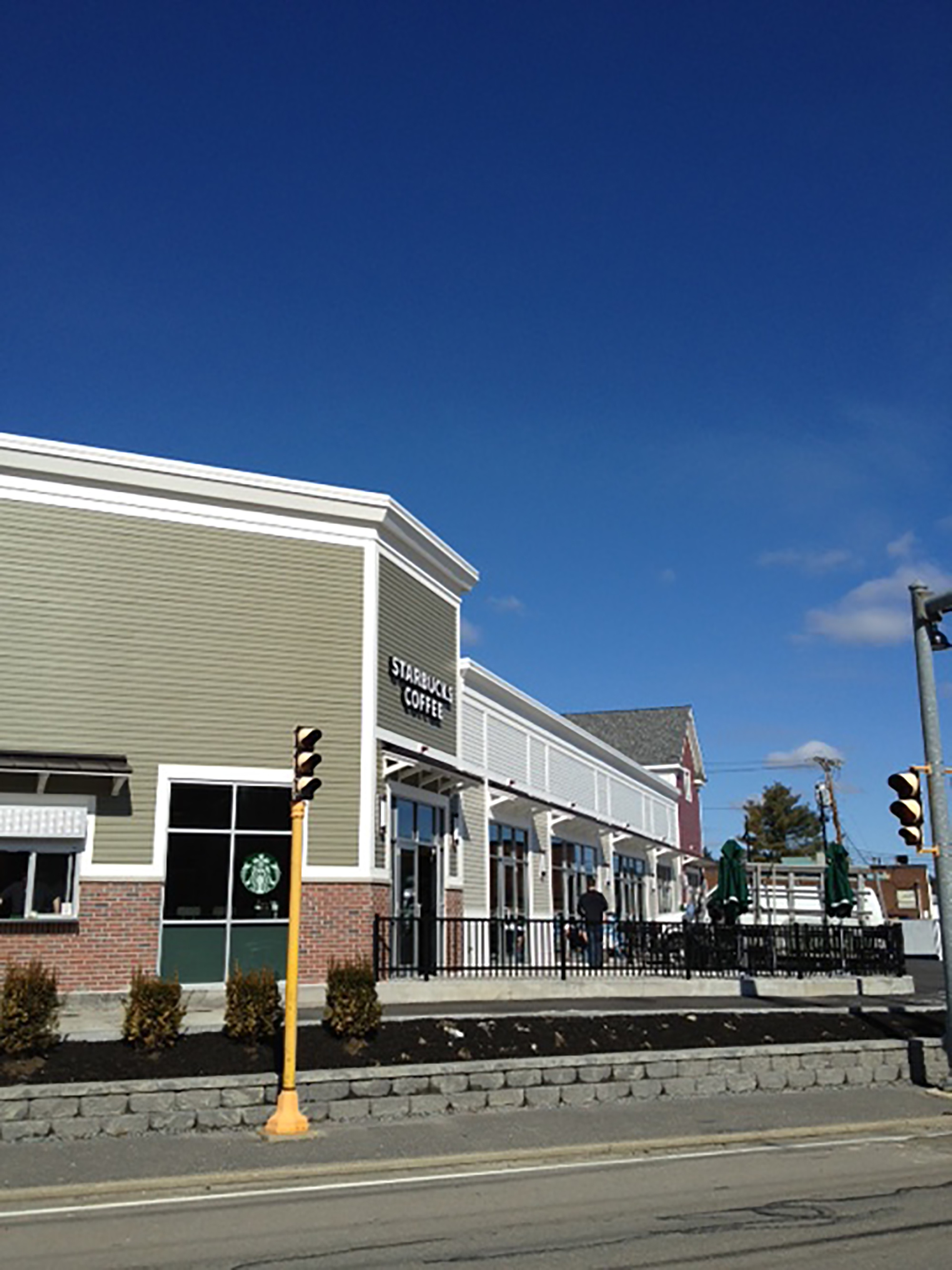 201-middlesex retail plaza