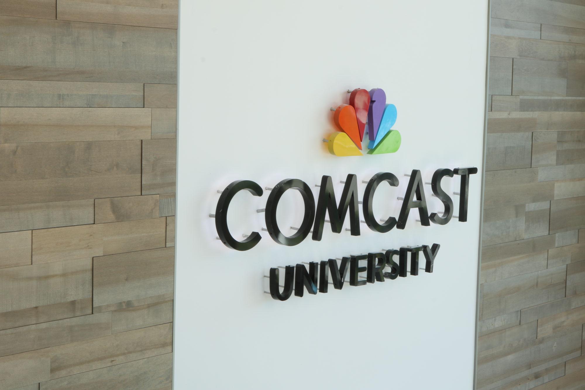 Comcast_Signage_Branding_Wall