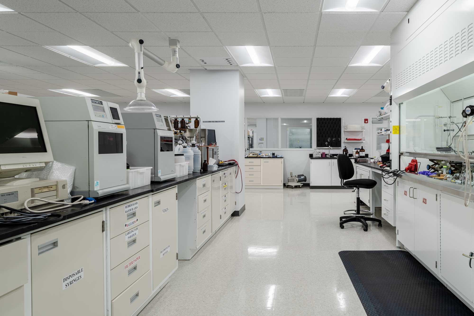 Spring-Bank-Pharmaceuticals-Lab-Design_5