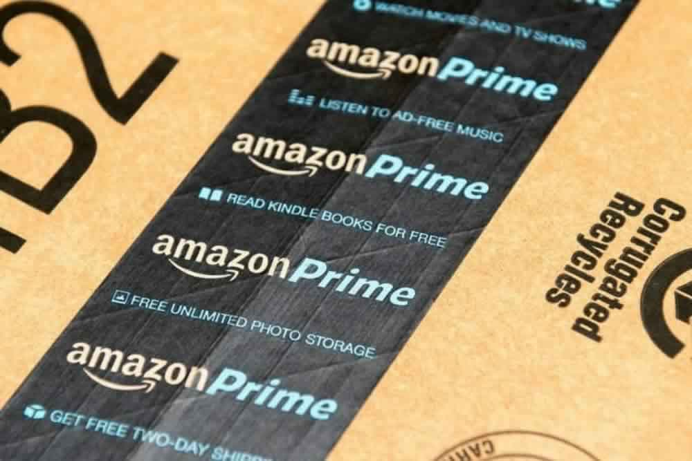 Amazon-Prime-box-tape-793434-edited.jpg