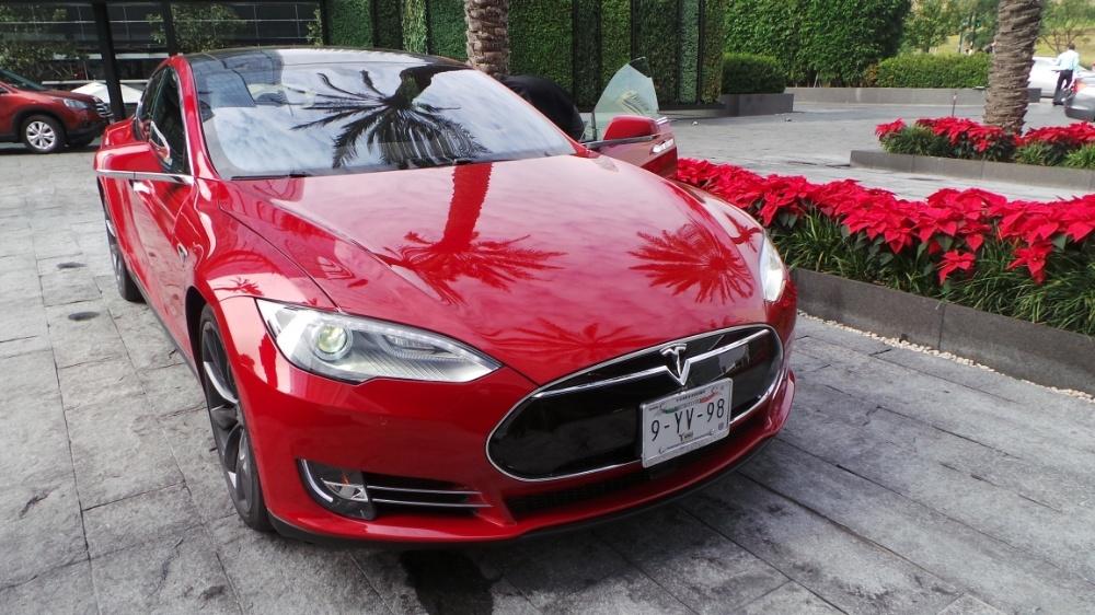 Tesla Motors trae su tecnología a México