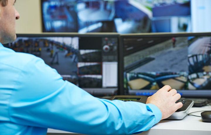 centro-monitoreo-min.jpg