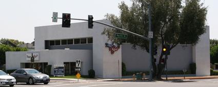 560 W 1st St Tustin, CA