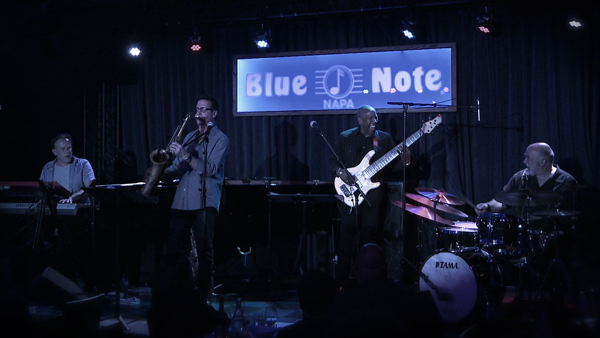 jazz saxophone - eric marienthal playing at the blue note