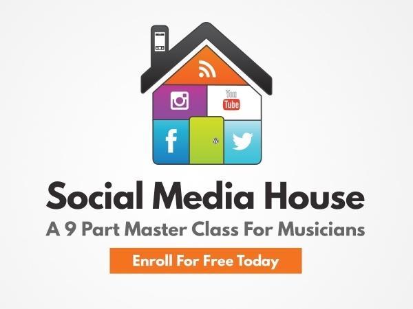 social-media-house-72dpi