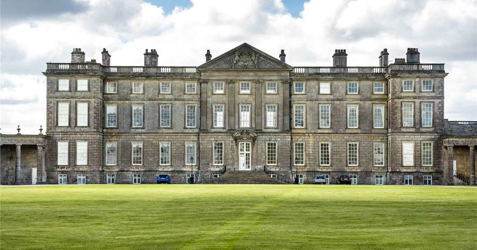 Three West Court forms part of Burley on the Hill, a Grade I listed Palladian mansion built in the 1690s by the 2nd Earl of Nottingham and converted in the mid-1990s by acclaimed British architect and conservationist Kit Martin CBE.