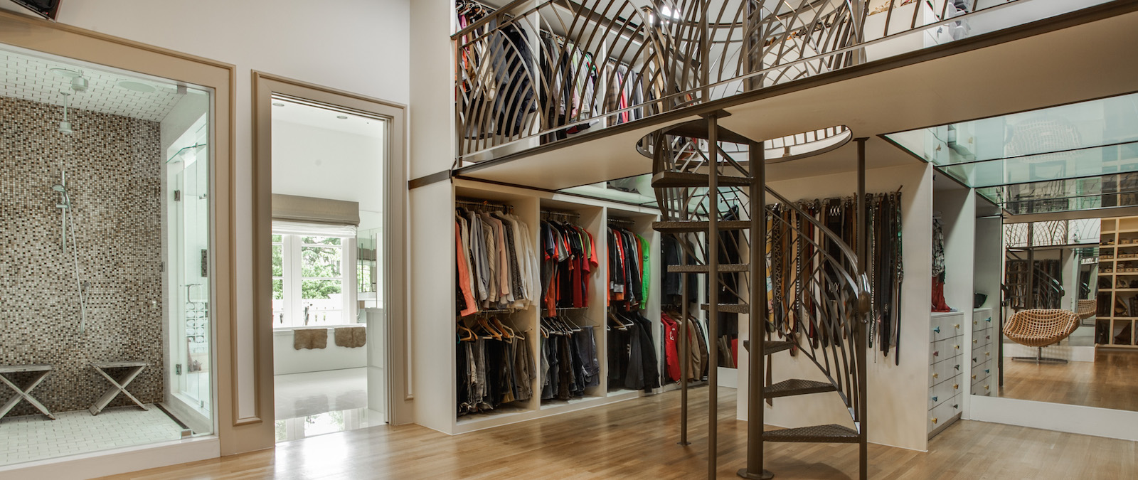 Great estates with luxurious closets for Great closets
