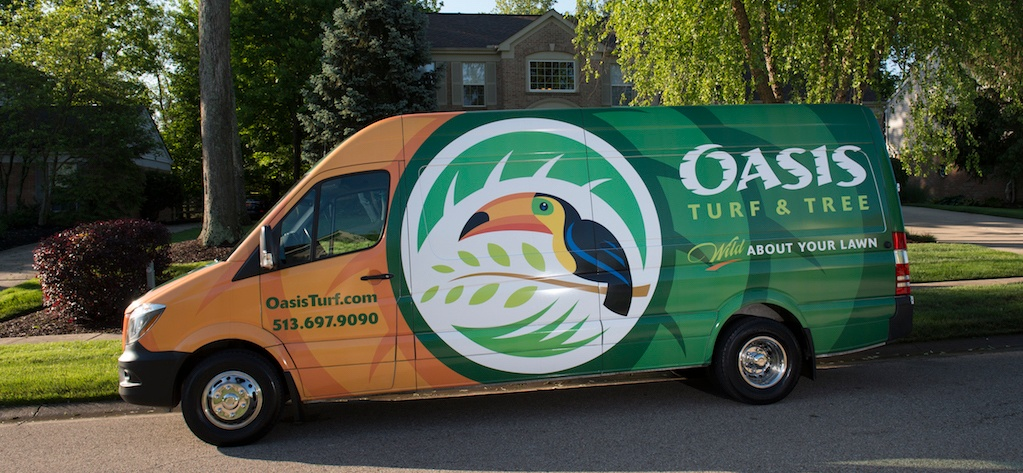 Wrapping landscaping lawn care vehicles ideas examples for Garden maintenance van