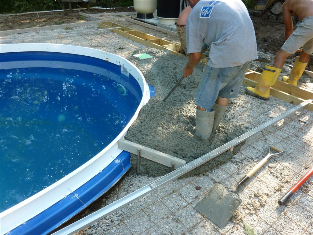 Why is cantilevered concrete on a fiberglass pool so - Steps to build an inground swimming pool ...