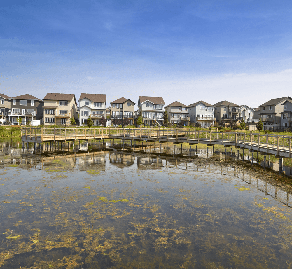5 Community Amenities First Time Home Buyers Should Look For Lake Image