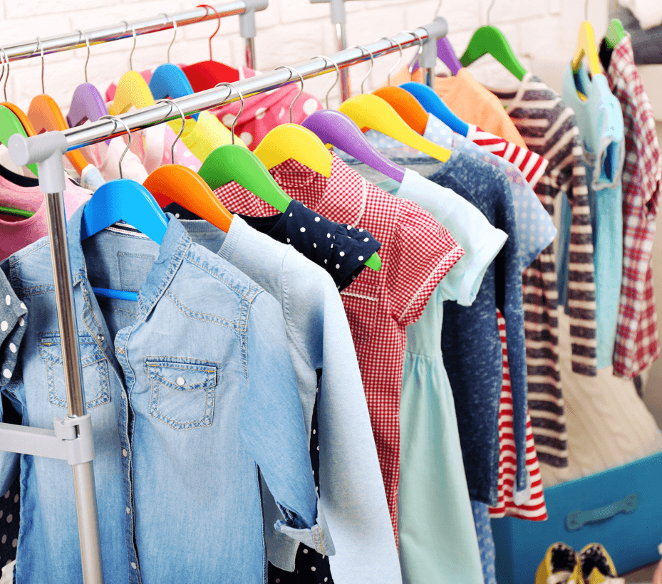 Say Goodbye to Clutter: Kids Rooms Closet Image
