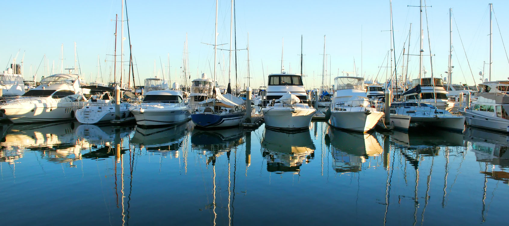 boats-in-marina