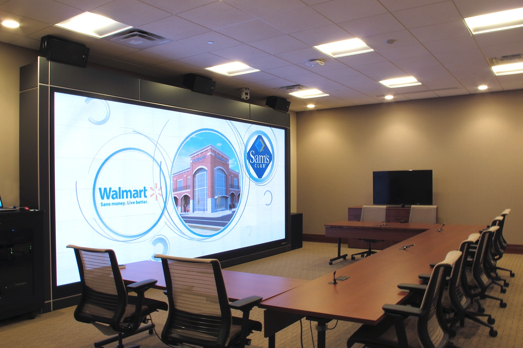 """CROSSMARK Selects Prysm Video Walls for """"Center for Collaboration"""""""
