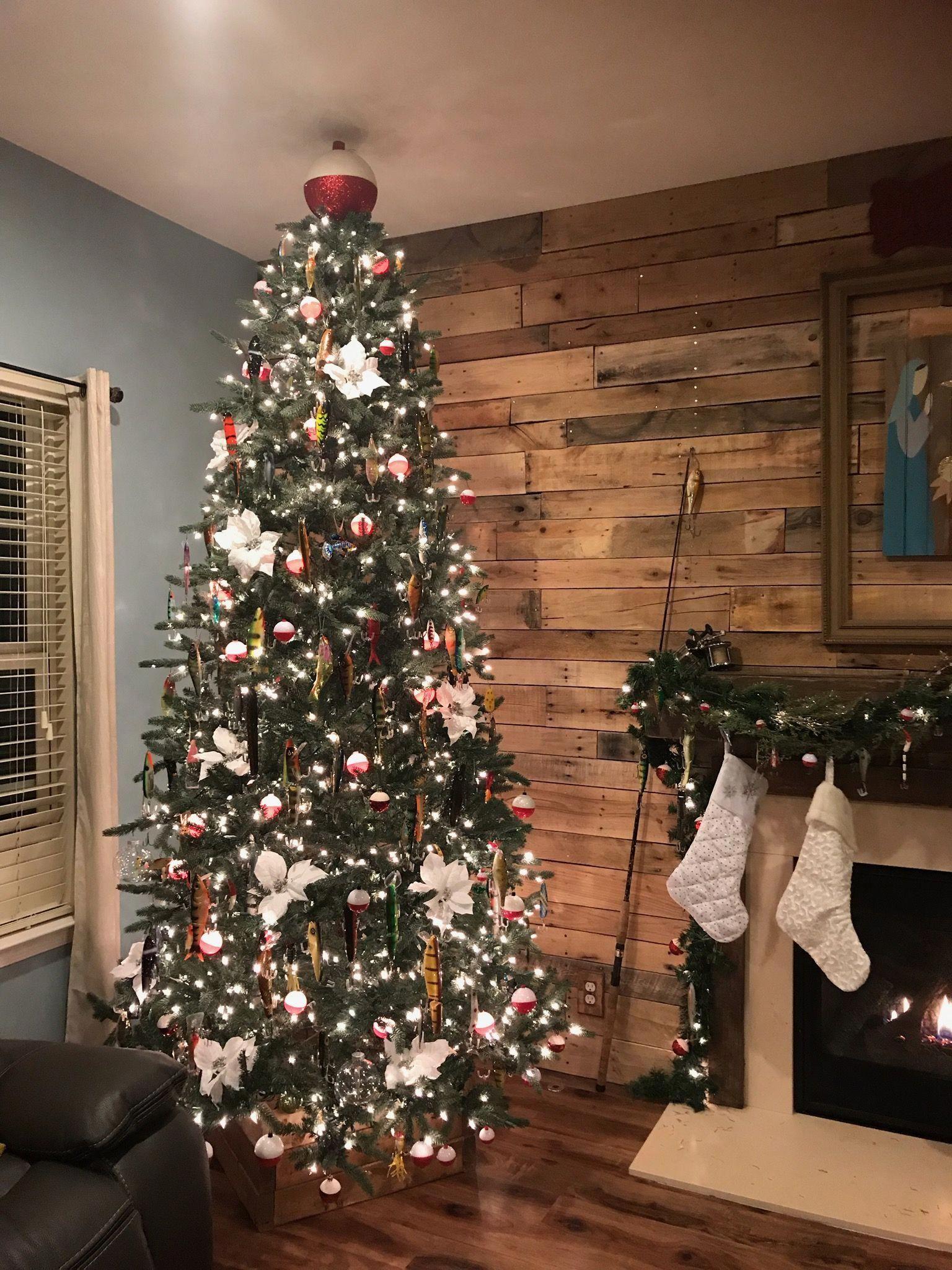 Lure ornaments