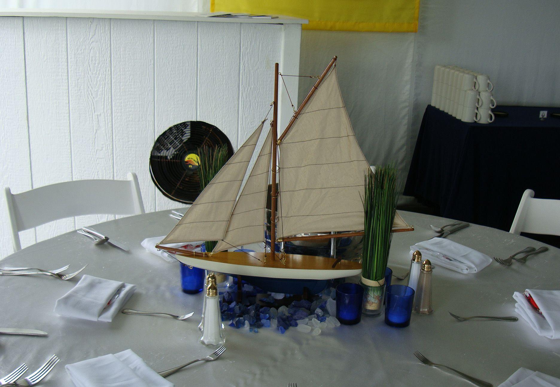 boat dinner centerpiece