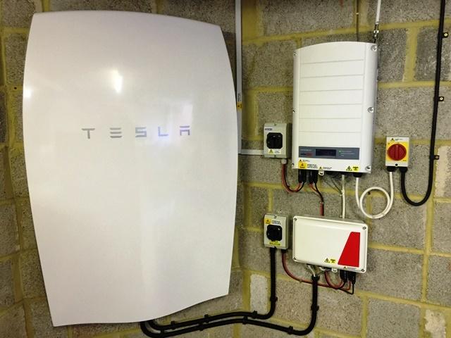 Tilehurst Berkshire Tesla Powerwall 6 4kwh Oct 16