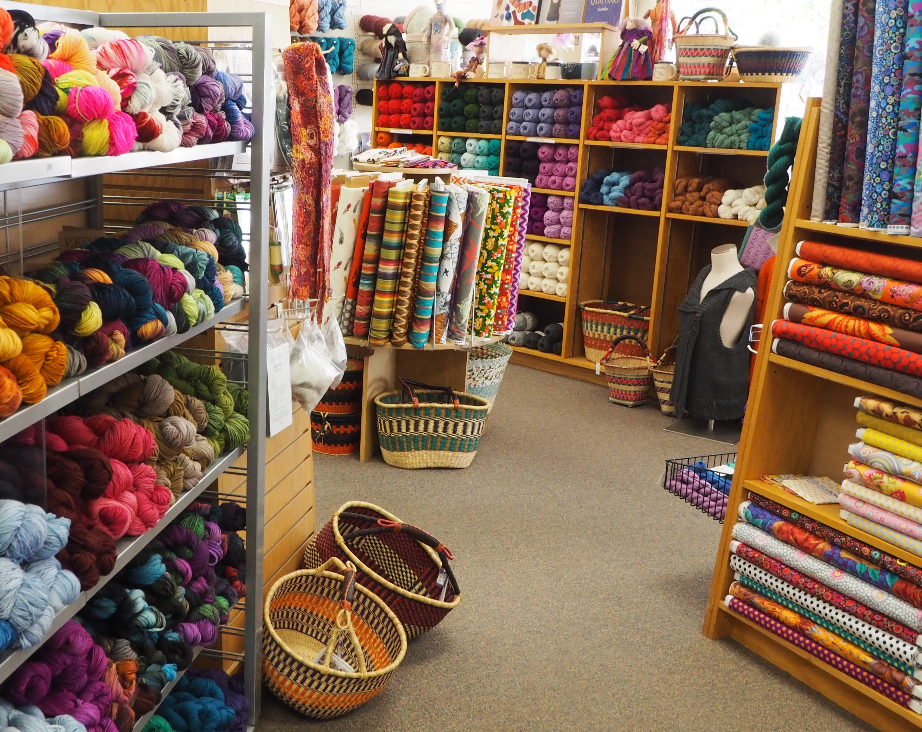 what to do in college hill silk road textiles