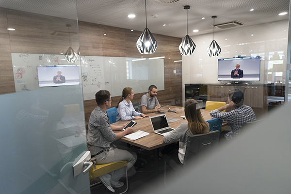 Web Conferencing VS  Webcasting: Which Is Better For You