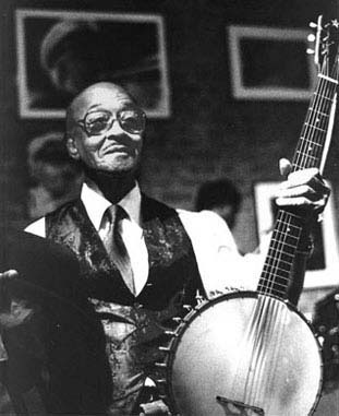 Danny Barker and the 6-String Banjo In New Orleans Jazz