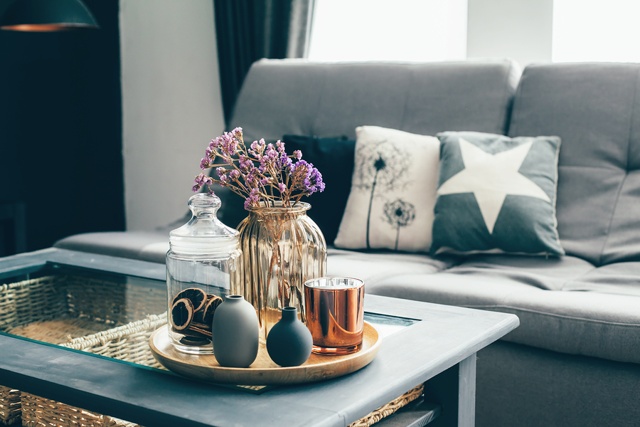 Use These Tips to Perfectly Decorate Your Coffee Table