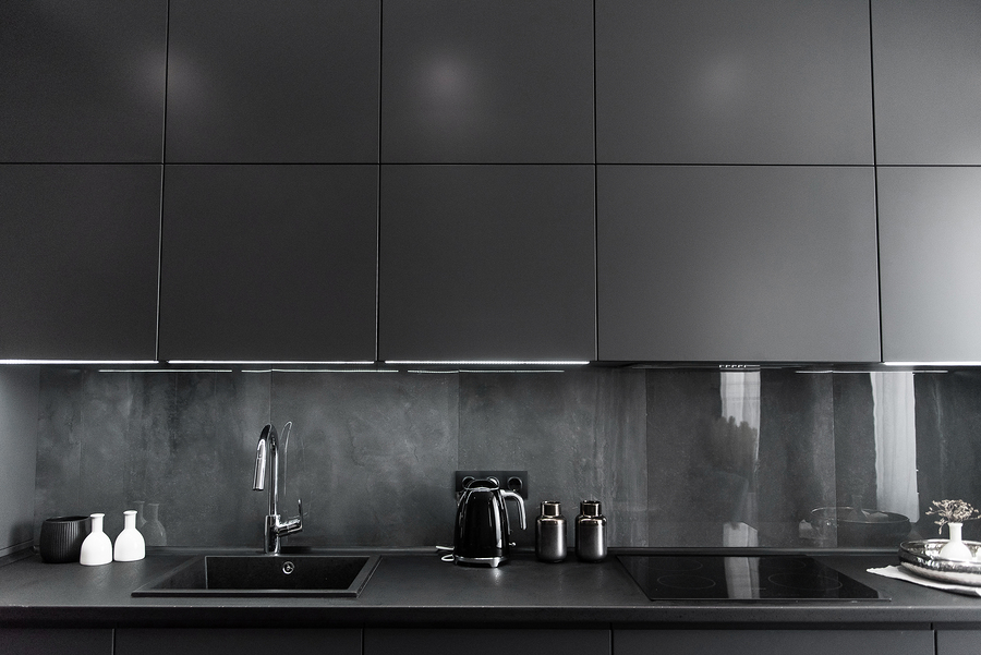 Follow These Tips to Expertly Create an All-black Kitchen