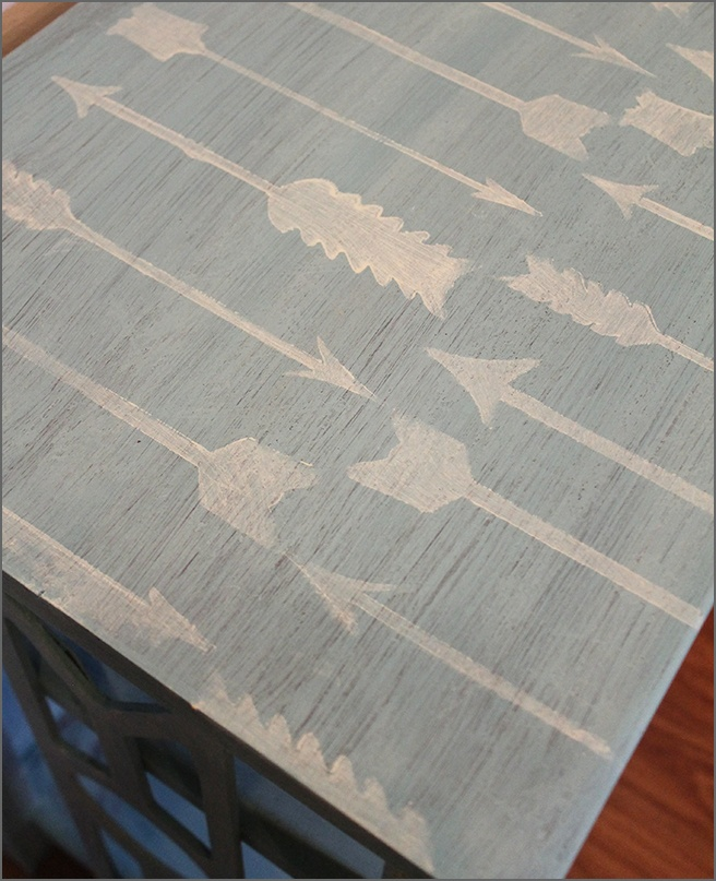 Arrows-Stenciled-On-Top-of-End-Table
