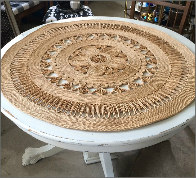 Woven-Table-Cloth