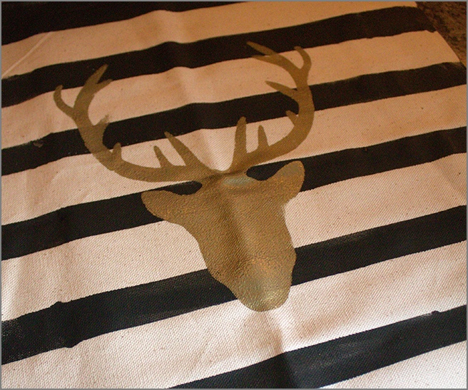 karin-chudy-diy-reindeer-pillow-christmast-step-10