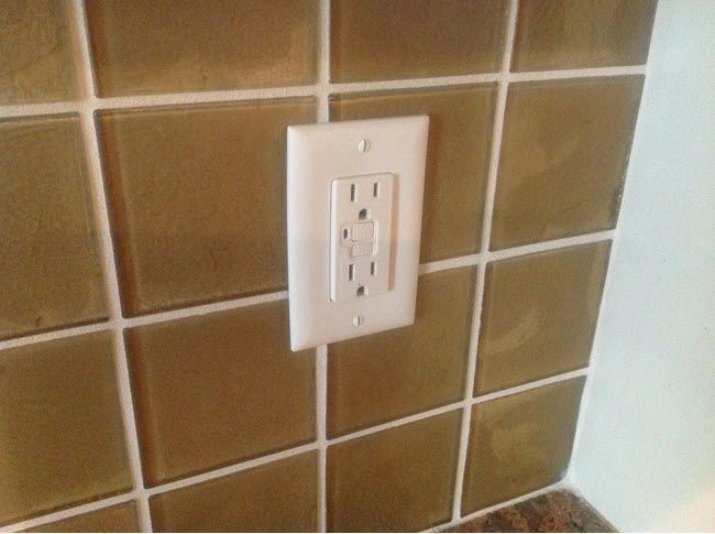 How To Install Glass Tile Correctly