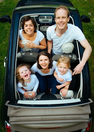 Gatemaster_family_in_car.jpg
