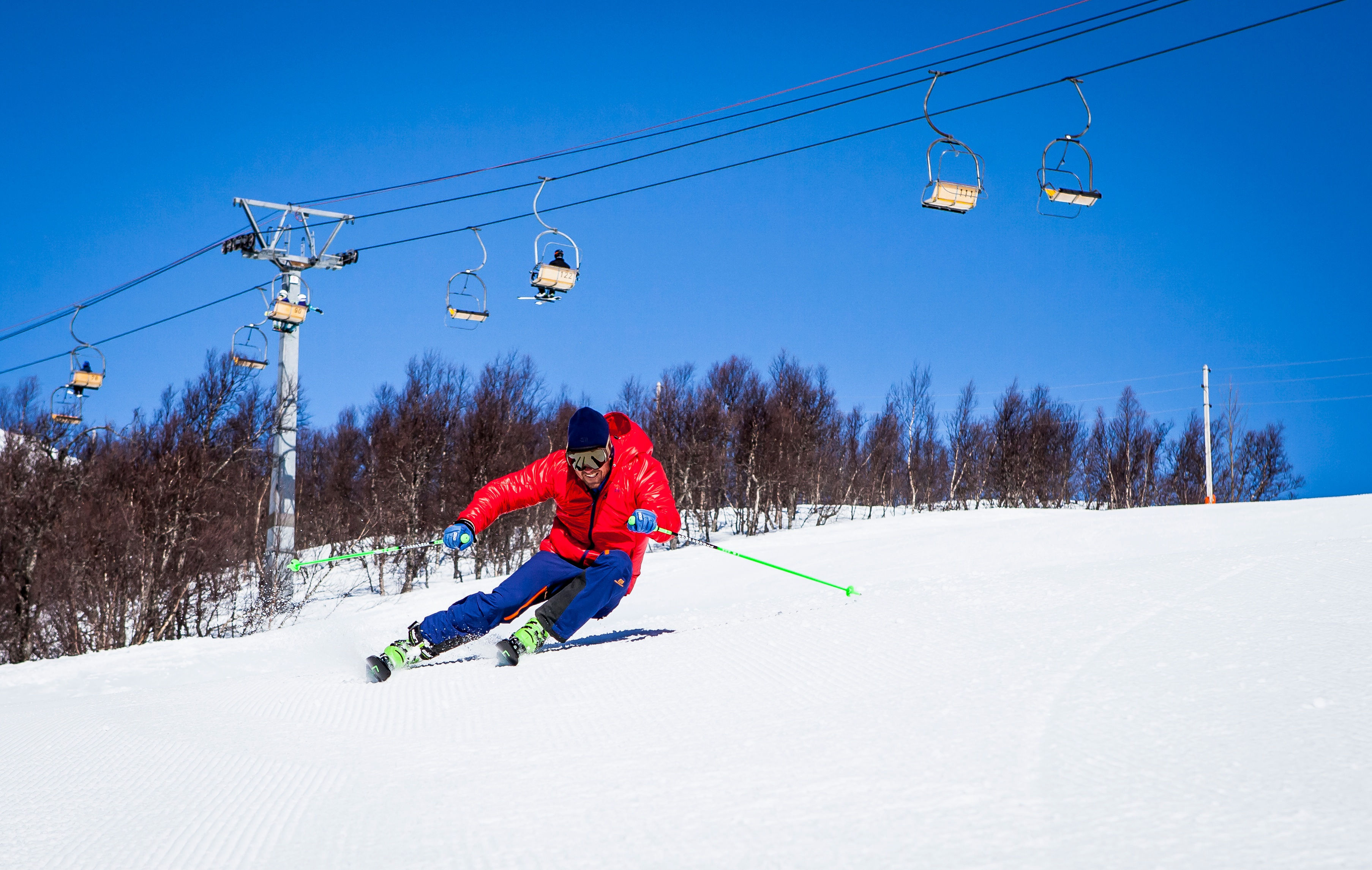Make_your_Ski_School_more_Efficient_with_SkiResort Technology