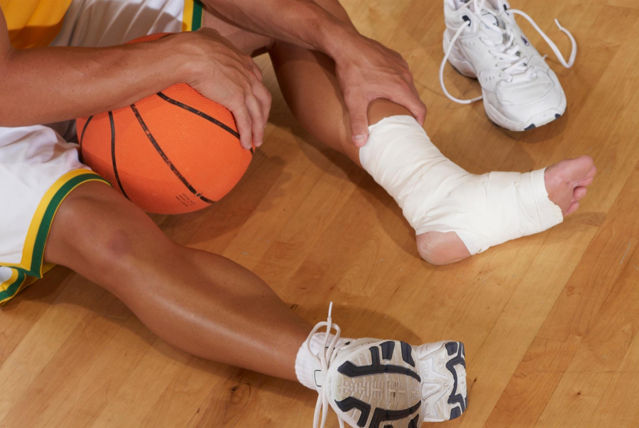 common basketball injuries part 1   Mueller Sports Medicine