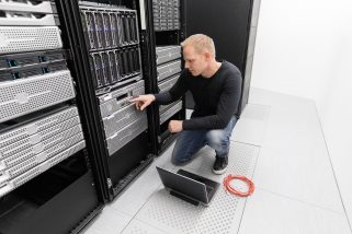 It consultant work in datacenter