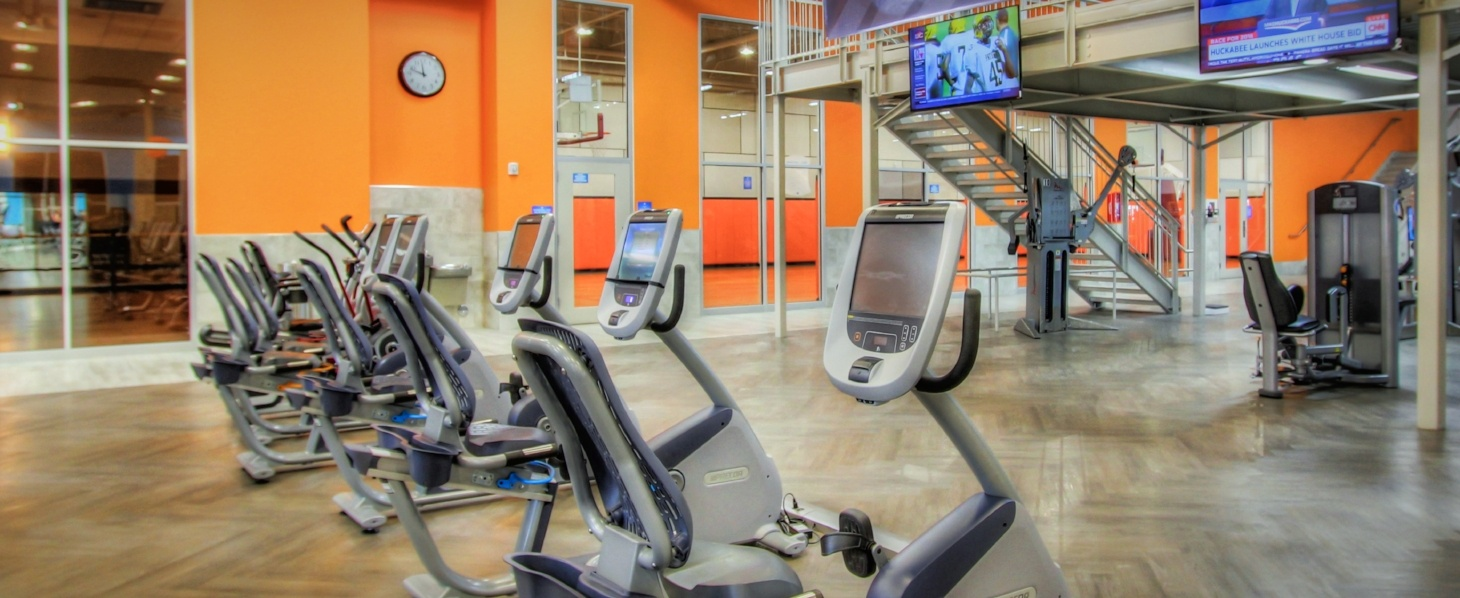 Onelife Fitness Virginia Beach Blvd Gym and Health Club