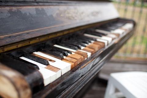 rms-pharmacy-pos-old-piano.jpg
