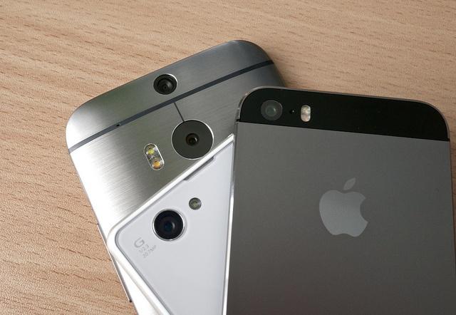 multiple_phones.jpg