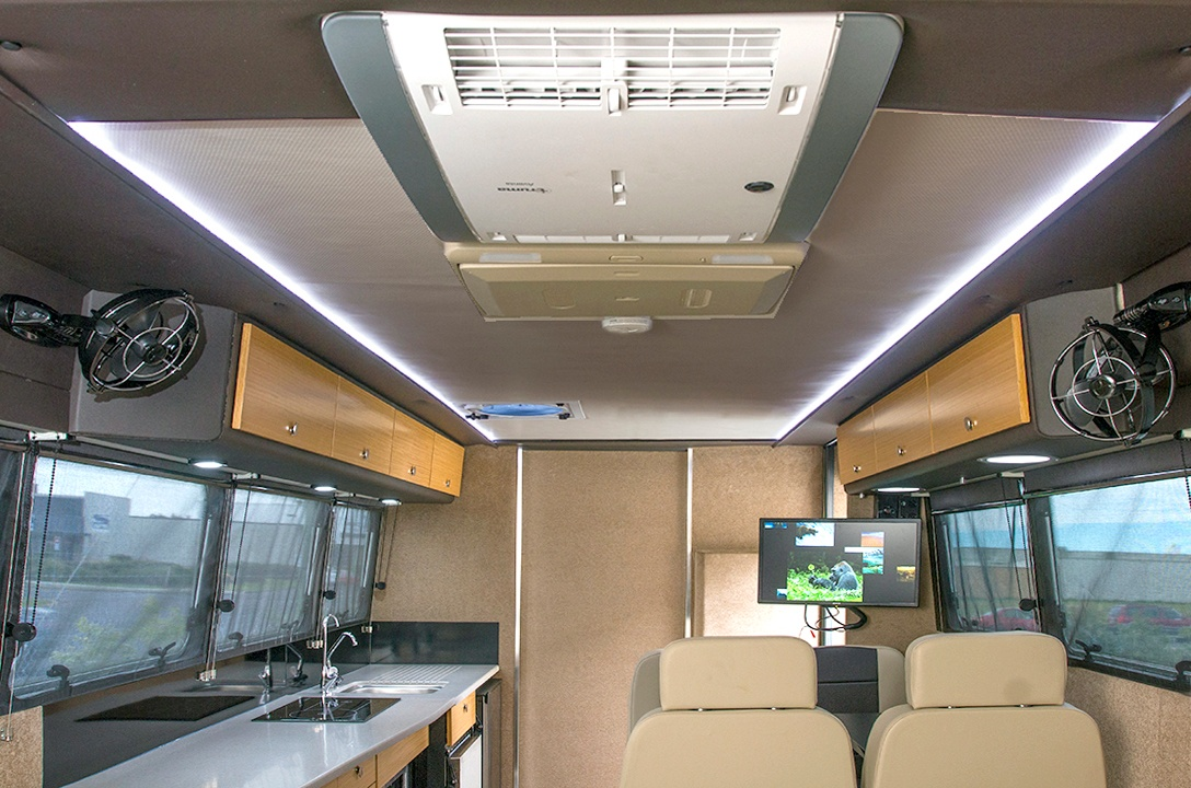 kruiser-high-light-luxury-interior-7170e-modified