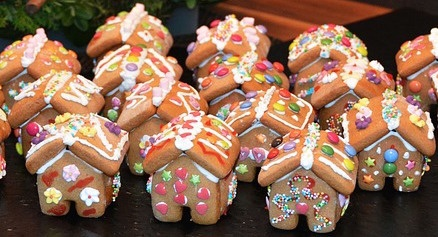 gingerbread-house-1101454_640.jpg