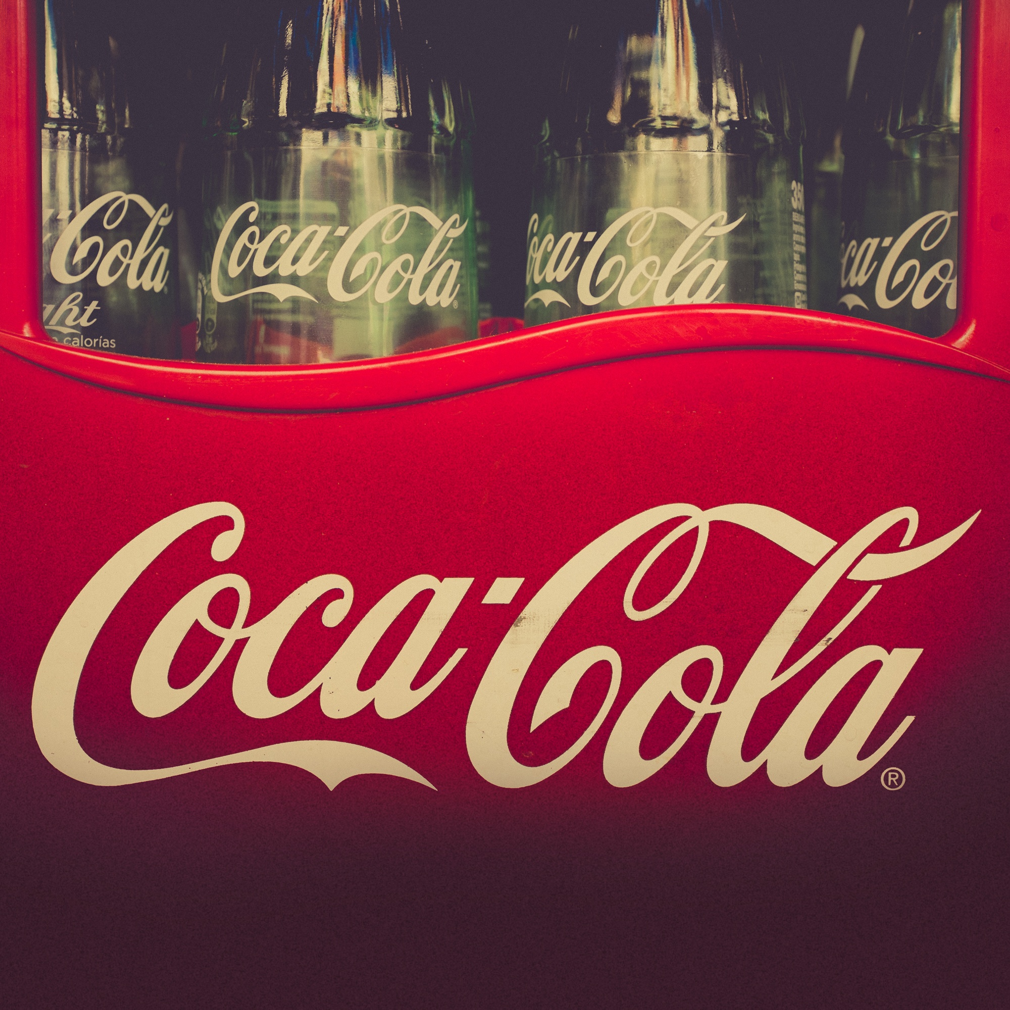 brand case study coca cola Read this business case study and over 88,000 other research documents coca-cola vs pepsi  coca-cola, the company's flagship brand,.