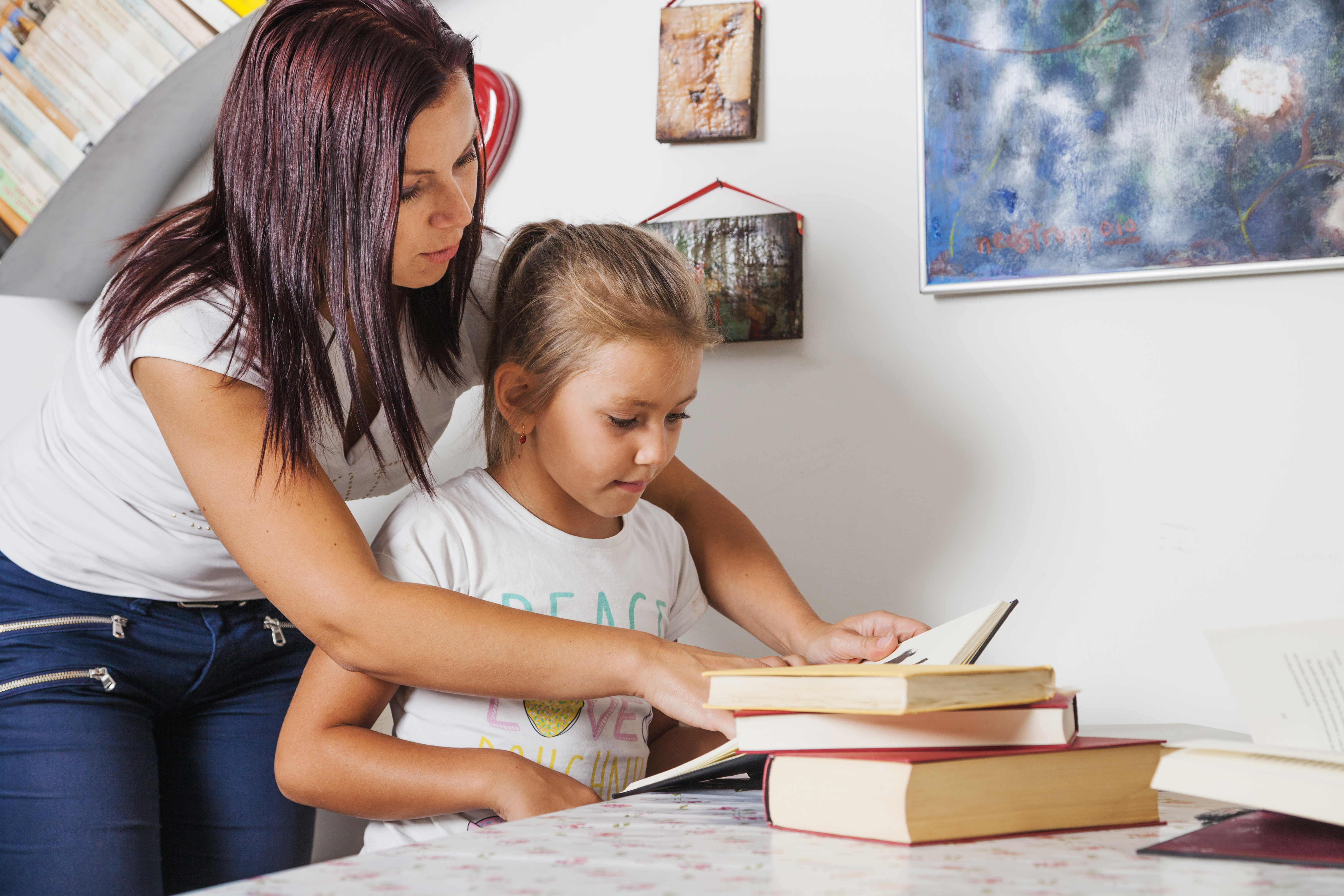 Bond, explore and increase literacy by reading with your child