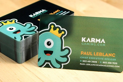Everything You Need to Know to Order Plastic Business Cards