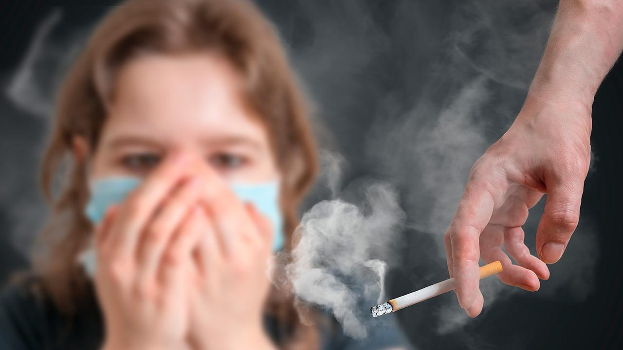 Resultado de imagen de fumadores pasivos
