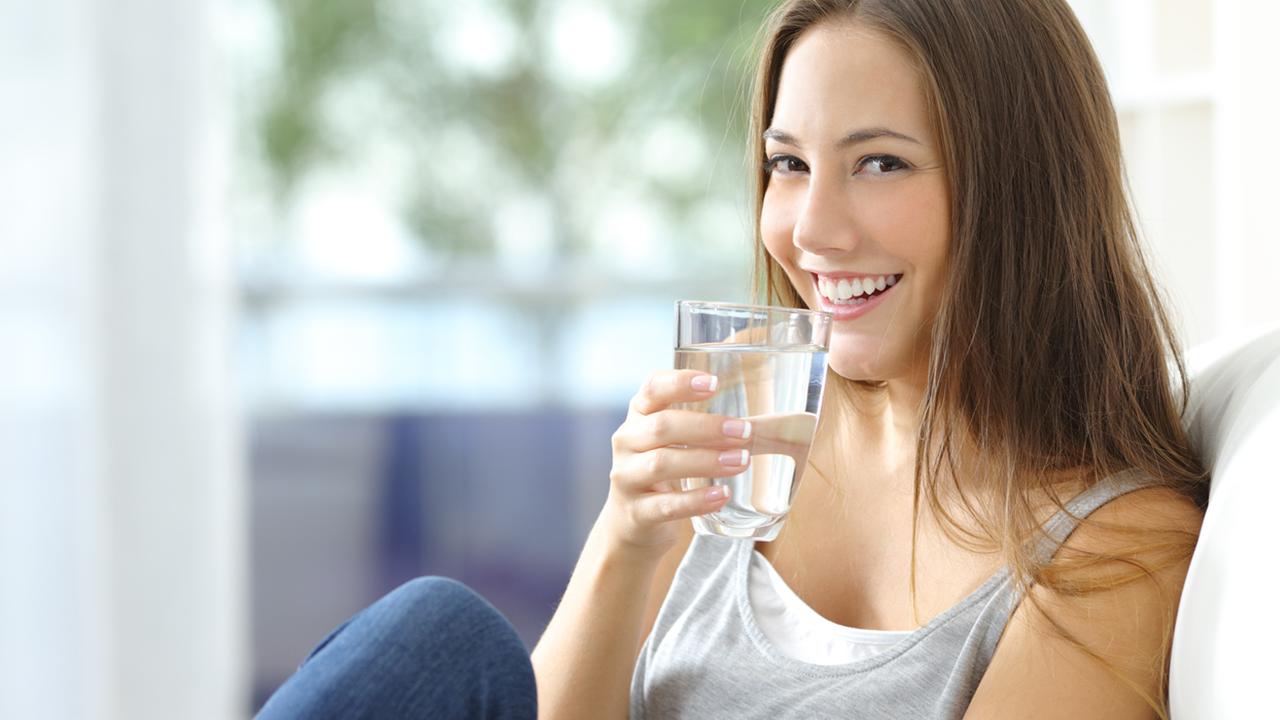 7 beneficios que el agua puede hacer en tu salud y no sabías